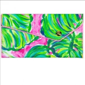 NWOT Lilly Pulitzer Foldable Sunglasses Case